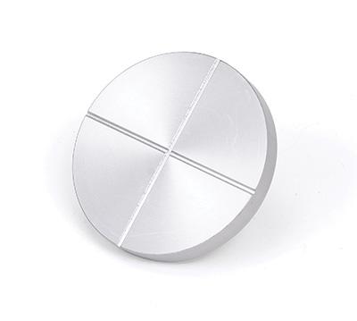 2〞/ 51 mm 及 3〞/ 76.2 mm 壓縮板,其接觸面有排氣用溝槽。